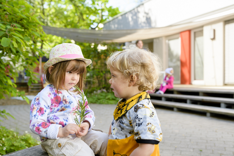 Kinder in der Kinderkrippe Finkenpark Fürth